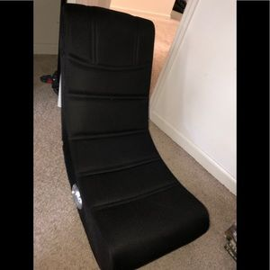 Folding gaming chair